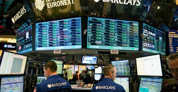 Equityworld Futures Pusat : Dolar melemah karena fokus bergeser ke pertemuan Fed; penguatan yen dan dolar Australia