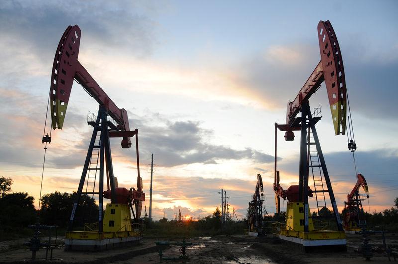 Equityworld Futures Pusat : Harga minyak sedikit naik karena optimisme perdagangan AS-Cina, tetapi permintaan tutup